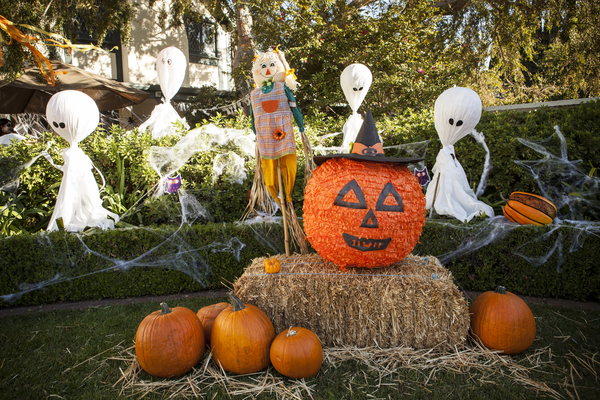 getty house - halloween 13-3232