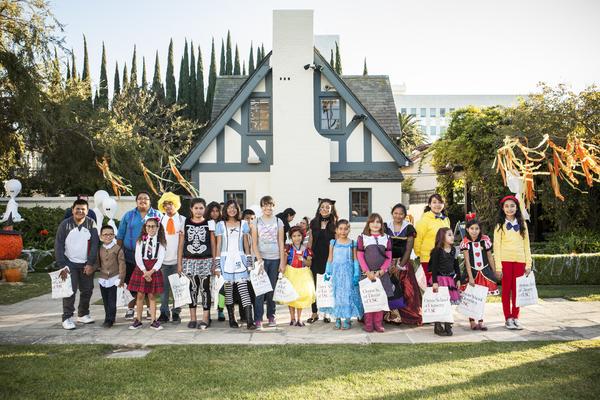 getty house - halloween 13-3343